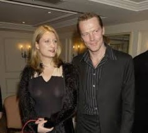 Charlotte Emmerson wiki, (Iain Glen wife), Age, Family, Husband, Kids, Biography