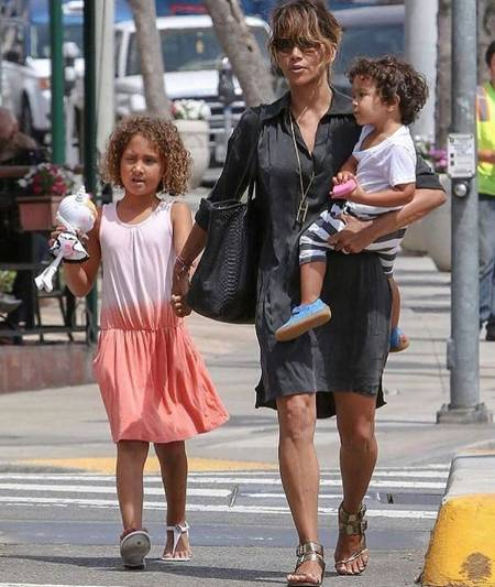 Halle Berry with Daughter Nahla Ariela Aubry and Son Maceo Robert Martinez.