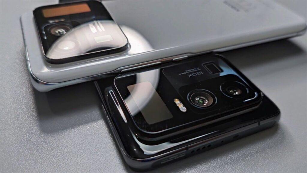 http://server.digimetriq.com/wp-content/uploads/2021/02/1613245263_970_Xiaomi-Mi-11-Ultra-Gets-Major-Leak-in-Hands-on.jpg