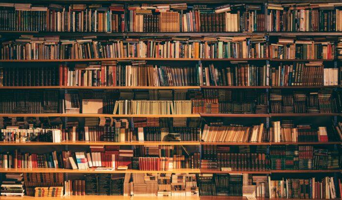 http://server.digimetriq.com/wp-content/uploads/2021/02/What-are-the-Scientific-Reasons-for-Choosing-Printed-Books.jpg