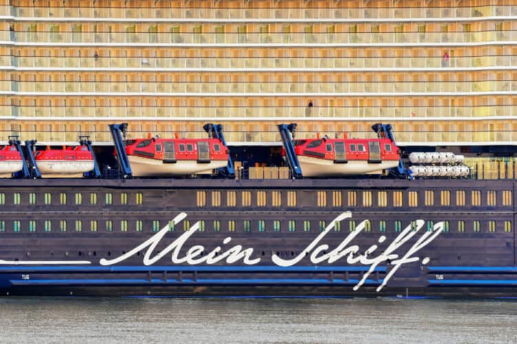 Mein Schiff 1, TUI Cruises