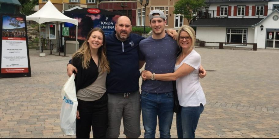Pierre-Luc Dubois net worth, early life, family, girlfriend, career |