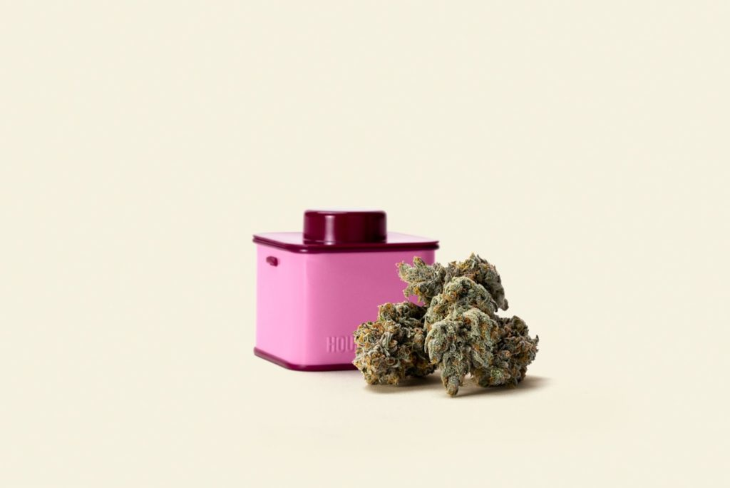 Seth Rogen's Houseplant weed brand expands to 17 California dispensaries